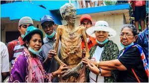 رسوم عجیب مردم اندونزی که باورشان سخت است+عکس