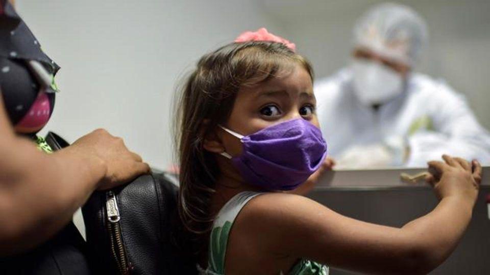 کرونای دلتا در کودکان؛ علایم و آنچه باید بدانید