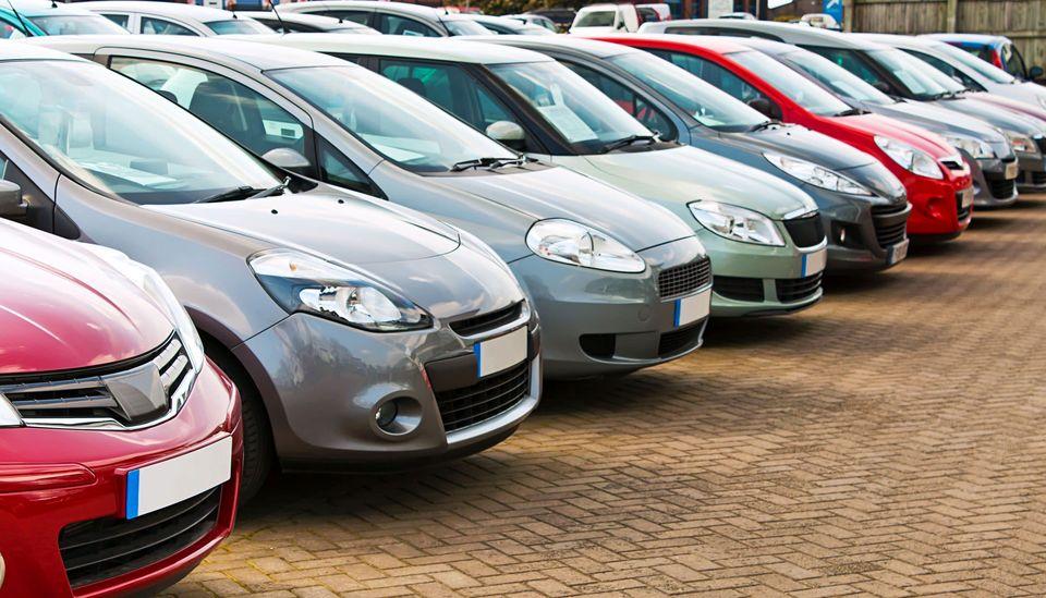 خودرو بخریم یا نخریم؟