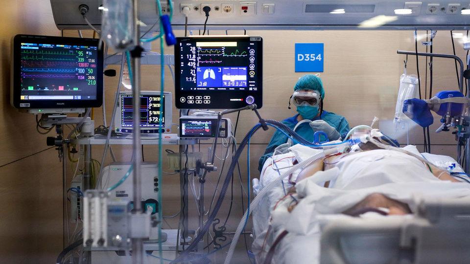 بیمار بلژیکی و مرگ آن بر اثر ابتلا بر دو سویه از کرونا